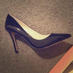 BCBG Patent Leather Black Shoes SZ 10